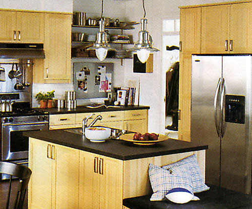Larger Image - If you want to use maple wood to reface your older kitchen, we can incorporate light, medium, and dark wood tones to add depth and beauty.