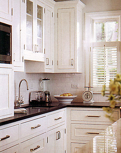 Larger Image - A traditional white coloured corner that could enhance any home.